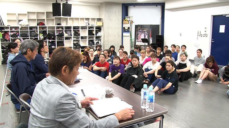 ブロードウェイミュージカル「コーラスライン」来日公演の特別番組に、ミュージカル学科学生が出演。